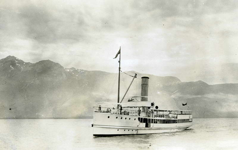 S.S Earnslaw at Elfin Bay