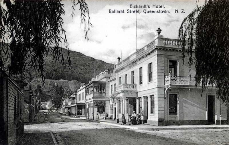 Eichardts Hotel, Ballarat Street