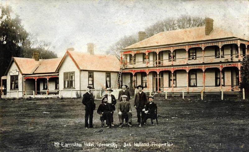 Mt Earnslaw Hotel, Glenorchy -  Holland