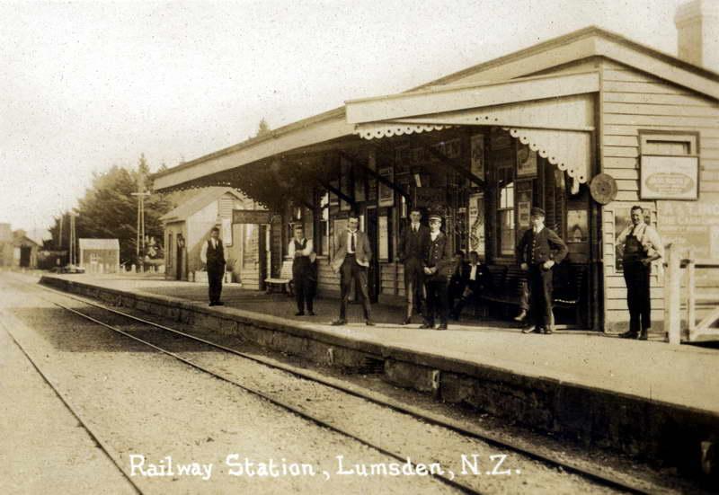 Lumsden Railway Station