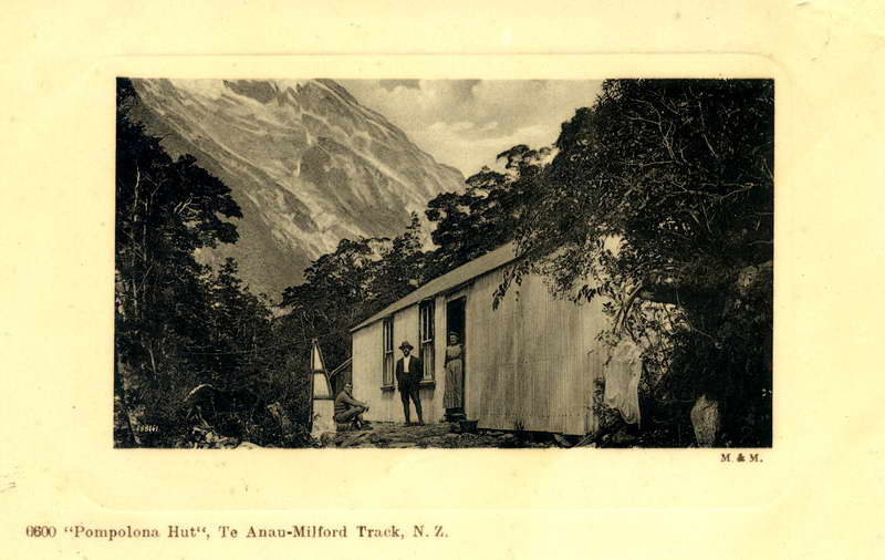 Pompolona Hut