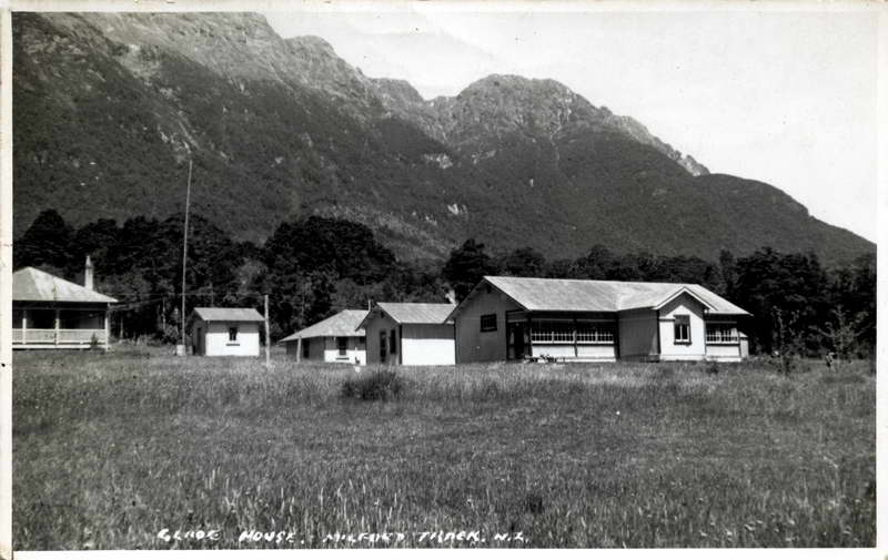 Glade House, Milford Track