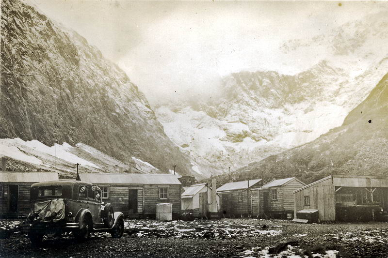 Gunn's Camp, Hollyford