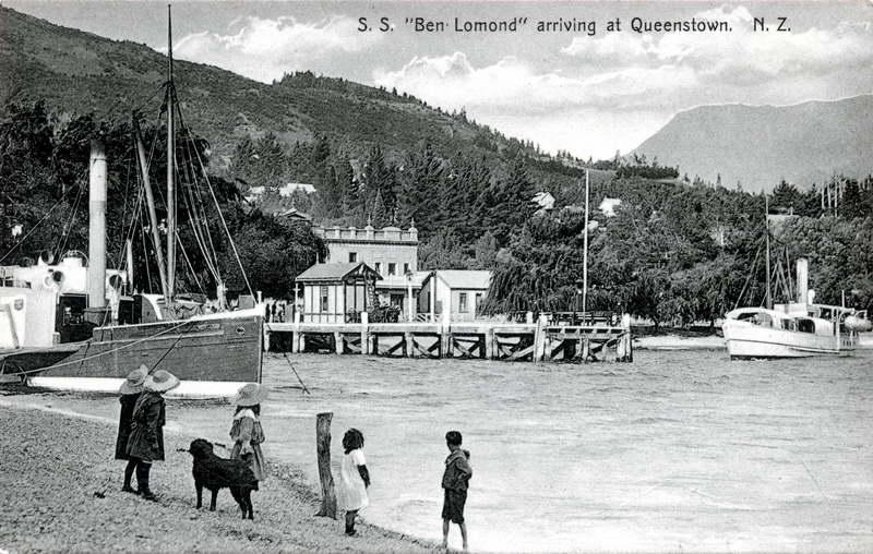S.S Ben Lomond Arriving