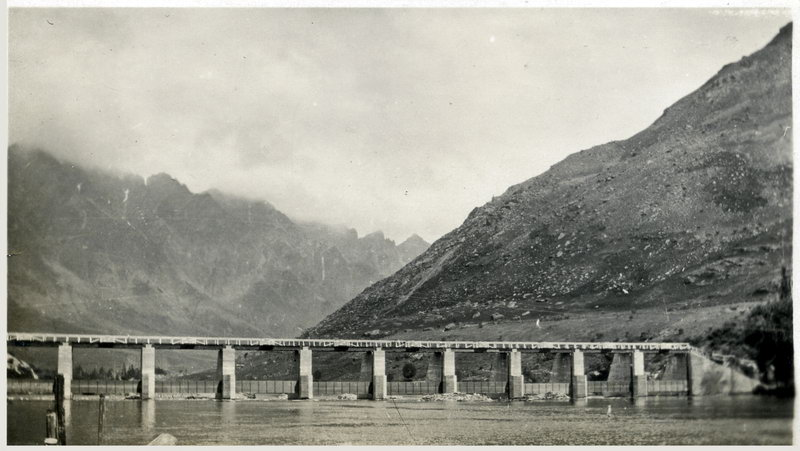 Shotover Bridge, 1927