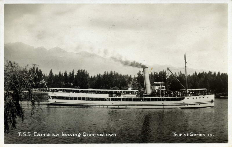 TSS Earnslaw Leaving Queenstown