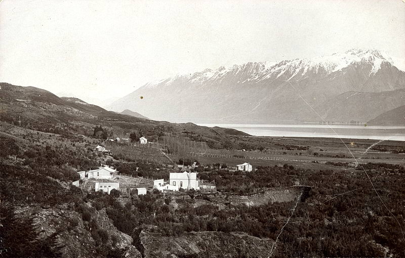 Shore of Lake Wakatipu