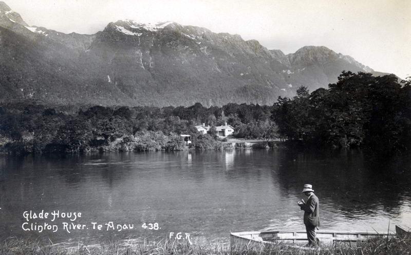 FGR 438, Glade House, Clinton River, Te Anau